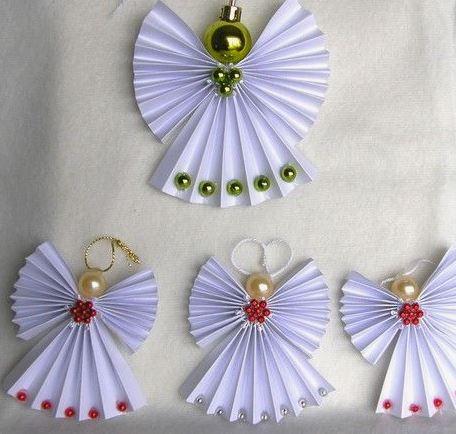 Angelitos de papel y más angelitos navideños