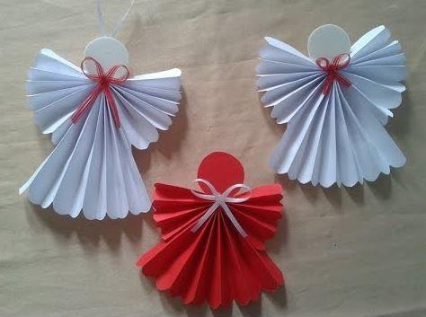 Angelitos de papel reciclaje