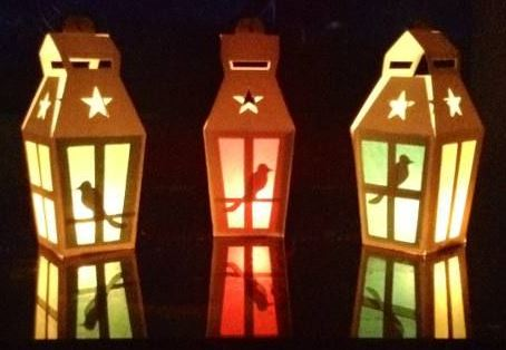 Lindas lámparas en cartulina