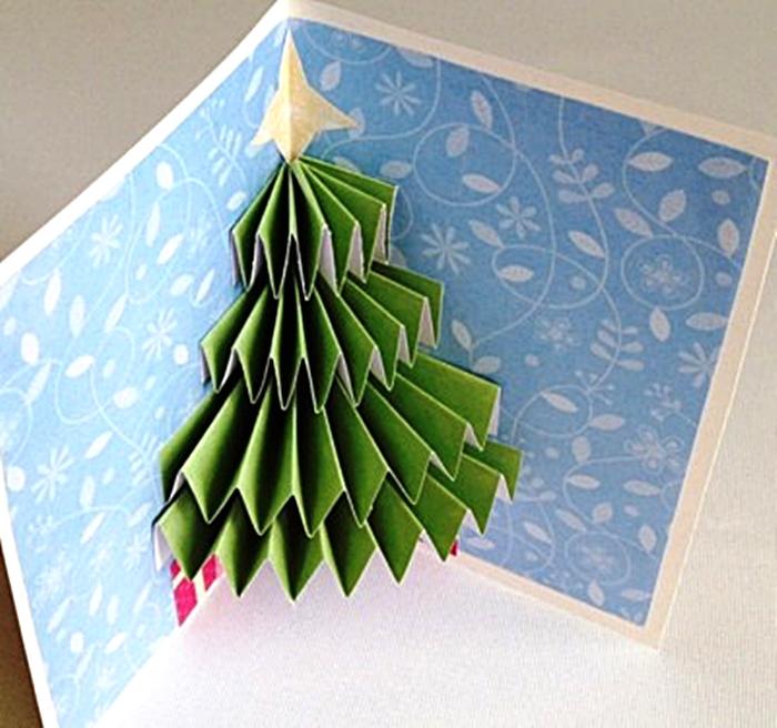 Un árbol en la postal
