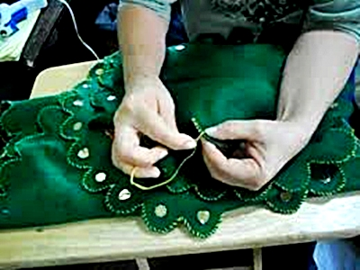 Un poco de dedicación para coser los bordes